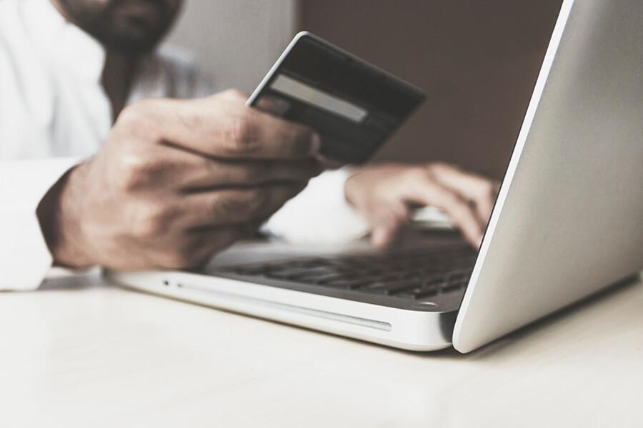 Etsy demande à ses vendeurs de mettre à jour leurs informations de TVA